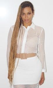 Beyonces-Rapunzel-like-Braids-2